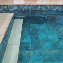azulejo azul baño